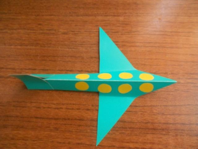 Самолет из цветной бумаги своими руками для детей 42